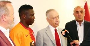 """Galatasaray Başkanı Cengiz: """"Başarıyı İsteyen Bir Yapısı Var"""""""