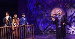 İstanbul Devlet Tiyatrosu Bu Hafta Seyirci Karşısına Çıkıyor