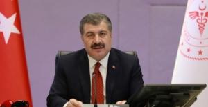 Türkiye'de Koronavirüs'ten Hayatını Kaybedenlerin Sayısı 8 Bin'i Geçti