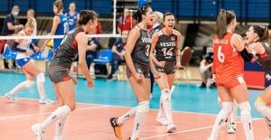 CEV U17 Avrupa Voleybol Şampiyonası'nda U17 Kız Milli Takımımız Avrupa İkincisi