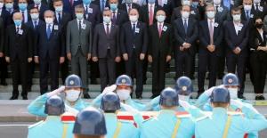 CHP Lideri Kılıçdaroğlu, Eski Sağlık Bakanı Durmuş'un Cenaze Törenine Katıldı