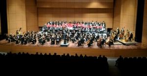 İDSO Genç Piyanist Başar Can Kıvrak'a Eşlik Edecek