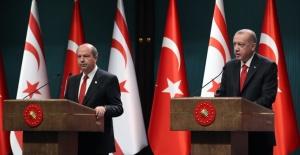 """""""Türk Tarafı Kıbrıs'ta, Adil, Kalıcı Ve Sürdürülebilir Bir Çözümden Yanadır"""""""