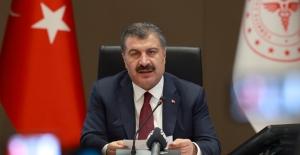Türkiye'de Koronavirüs'ten Hayatını Kaybedenlerin Sayısı 8 Bin 384'e Yükseldi