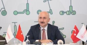 """Ulaştırma Ve Altyapı Bakanlığı, YTÜ İle Birlikte 'Hareketlilik Sistemleri Araştırma Merkezi"""" Kuruyor"""