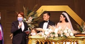 Akşener, Trabzon Milletvekili Örs'ün Oğlu Mahmut Furkan Örs'ün Nikah Şahitliğini Yaptı