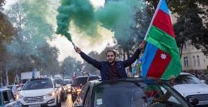 """Bakan Akar: """"Azerbaycan Türkü Kardeşlerimizin Zaferini Kutluyoruz"""""""