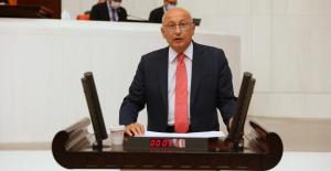 """CHP'li Çakırözer: """"Sattıklarınız Şahsi Malınız Değil, Cumhuriyet'in Birikimleri"""""""