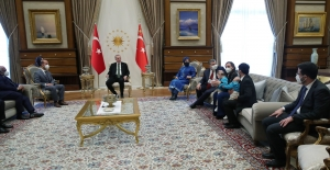 Cumhurbaşkanı Erdoğan, Siyam İkizleri Derman ve Yiğit'i Kabul Etti