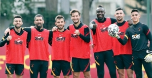 Galatasaray'dan Beşiktaş'a Geçmiş Olsun Mesajı