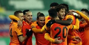 Galatasaray, Rize'yi Gole Doyurdu