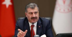 """Sağlık Bakanı Koca: """"Ağır Hasta Sayımız 4.000'e Yaklaştı"""""""