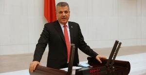 """Ayhan Barut'tan Sağlık Bakanlığı'na Atama Çağrısı: """"Atama Bekleyen Sağlıkçıların Sesini Duyun"""""""