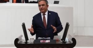 """CHP'li Budak, """"Vurdumduymazlığın Faturasını Sektör Ödüyor"""""""