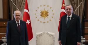 Cumhurbaşkanı Erdoğan'dan Bahçeli'ye Yeni Yıl Telefonu