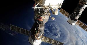 Rusya Ve Çin Uzayda Ortak İzleme İstasyonları Kuracak