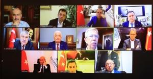 """CHP'li 11 Büyükşehir Belediye Başkanından Ortak Çağrı: """"Tüm Gücümüzü Yoksullukla Mücadele İçin Birleştirmeliyiz"""""""