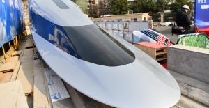 """Çin Saatte 620 Kilometre Hız Yapabilen """"Maglev"""" Treni Prototipini Tanıttı"""