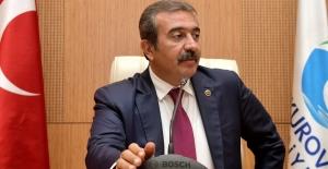Başkan Çetin: Çukurovalı Kadınlar Yalnız Değilsiniz
