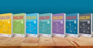 İlkokul Ve Ortaokul Öğrencilerinin İngilizce Öğrenme Süreçlerine Renkli Etkinliklerle Destek