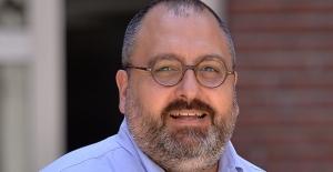 """Prof. Dr. Batu Erman: """"Boğaziçi'nde Koronavirüs İlacı İçin Çalışıyoruz"""""""