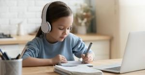 Prof. Dr. Nilgün Sarp: Çocuklar Tatilde Ödevlere Ara Vermeli