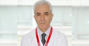 """Prof. Dr. Selim Kurtoğlu, """"Endüstriyel Ürünlerin Aşırı Tüketimi Erken Ergenlik Nedeni"""""""