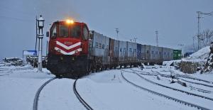 Rusya'ya Gidecek Olan İlk İhracat Treni Yarın Yola Çıkıyor