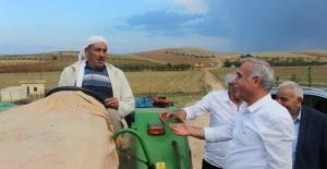 "CHP'li Aydınlık: ""Çiftçinin Sağı Solu Olmaz Alın Teri Olur!"""