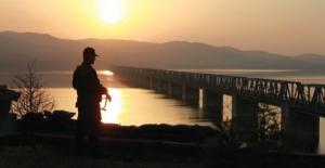 Edirne'den Yunanistan'a Yasa Dışı Yollardan Geçmeye Çalışan 3 Şahıs Yakalandı