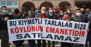 CHP'li Sertel'den Bergamalı Köylülerin Arazi Direnişine Destek