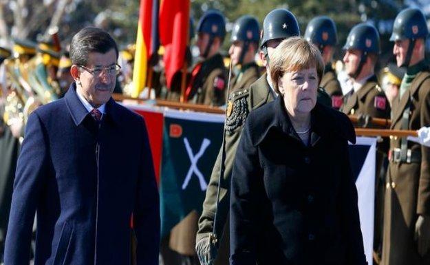 Merkel'in Türkiye Politikasına Destek