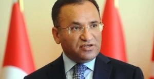 Adalet Bakanı İle CHP'liler Arasında Cezaevi Polemiği Sürüyor