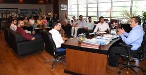 Adana İl Gençlik Kollarından Çukurova Belediye Başkanı Çetin'e Ziyaret