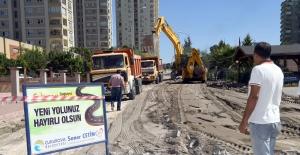Çukurova'da Asfaltlama Çalışmaları Devam Ediyor