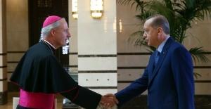Erdoğan Vatikan Büyükelçisi Russell İle Görüştü