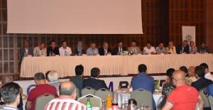 Kızılcahamam Belediyesi'nde Esnaf Toplantısı