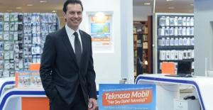 TeknoSA Yeni Ofisinde İş Ortakları İle Buluştu