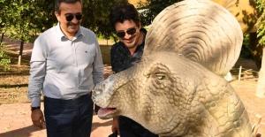 Çukurova Belediye Başkanı Çetin: Çocuklar AVM'de Değil Adana Jurassic Park'ta Vakit Geçirsin