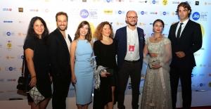 Türk Oyuncular Kırmızı Halıda Büyük İlgi Gördü