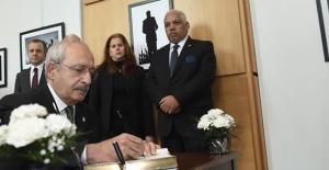 Kılıçdaroğlu'ndan Küba Ankara Büyükelçiliği'ne Taziye Ziyareti