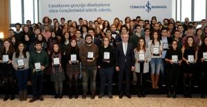 İş Bankası Altın Gençleri Ödüllendirdi