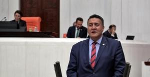 "CHP'li Gürer, ""MEB'deki Kadrolaşma İddialarını Meclis'e Taşıdı"""