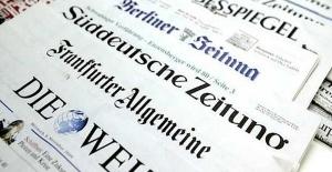 Alman Basınına Göre Merkel'in İşi Zor