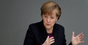 Merkel Koalisyon Kurmayı Başaramadı, Şimdi Üç Seçenek Var