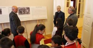 Söke'de Çocuklar Oyuncak Müzesini Gezdi