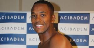 Sivasspor'un Yeni Transferi Robinho Sağlık Kontrolünden Geçti
