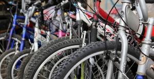 Ataşehir Belediyesi Çocuklar İçin Bisiklet Biriktirmeye Devam Ediyor