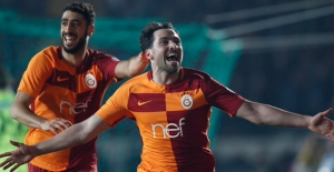 Galatasaray, Akhisar'dan Avantajlı Dönüyor