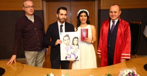 Kadıköy'de Sevgililer Günü Sürprizi